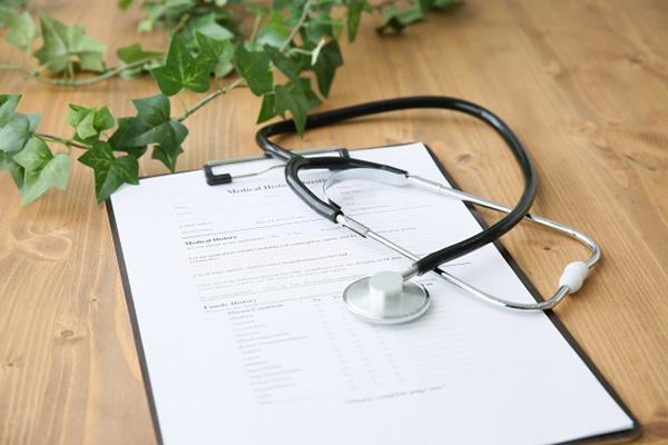 勤務医の年棒制は固定残業代として有効?