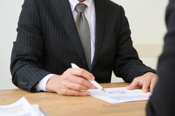 当事者の立場に応じた契約書を作成することができること